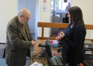 1402 2401 david saunders buys stamps in hwmh post office